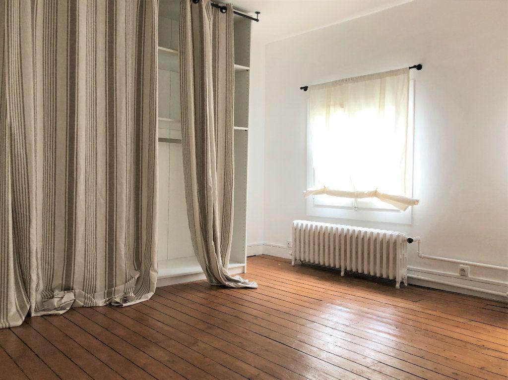 Appartement à louer 3 88.08m2 à Compiègne vignette-6