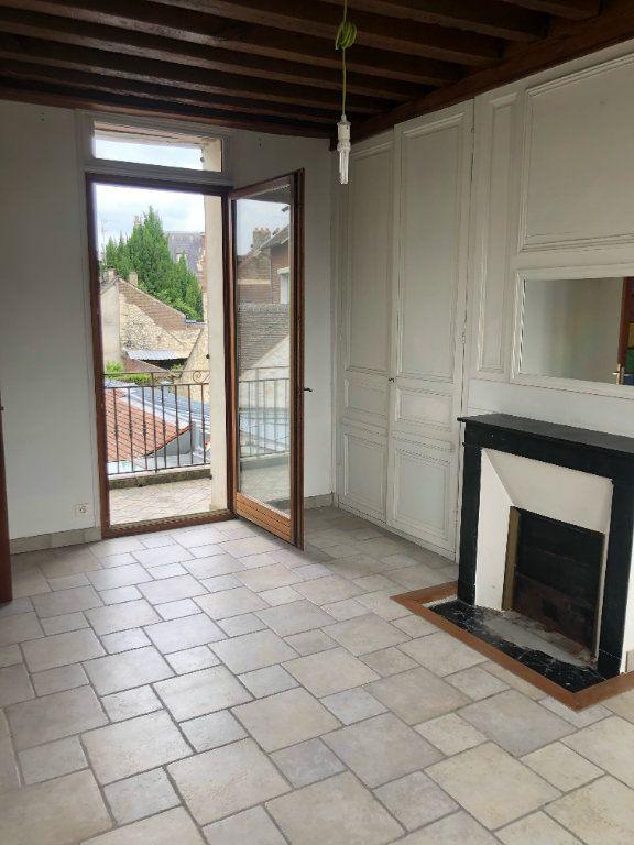 Maison à louer 7 222m2 à Compiègne vignette-6