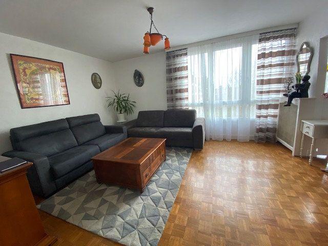 Appartement à louer 4 72.06m2 à Compiègne vignette-1