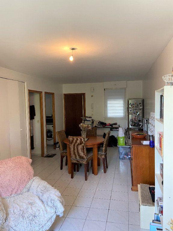 Appartement à louer 2 42.62m2 à Compiègne vignette-3