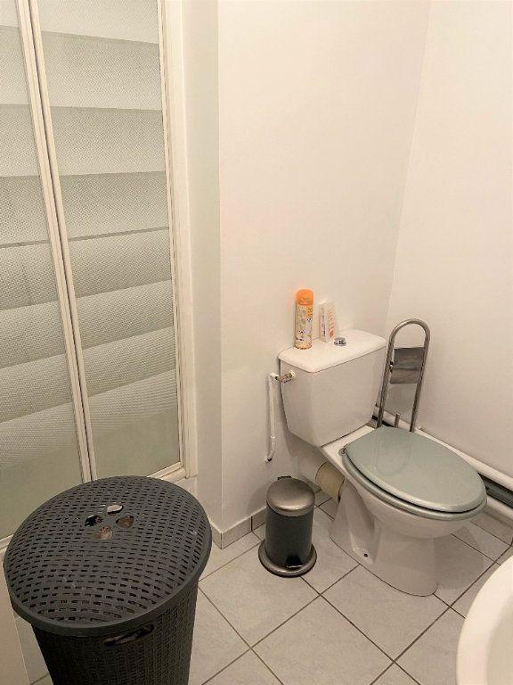 Appartement à louer 2 42.62m2 à Compiègne vignette-4