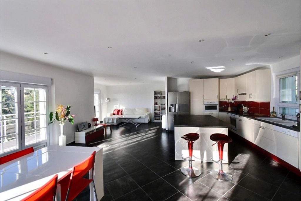 Maison à vendre 6 200m2 à Carqueiranne vignette-4