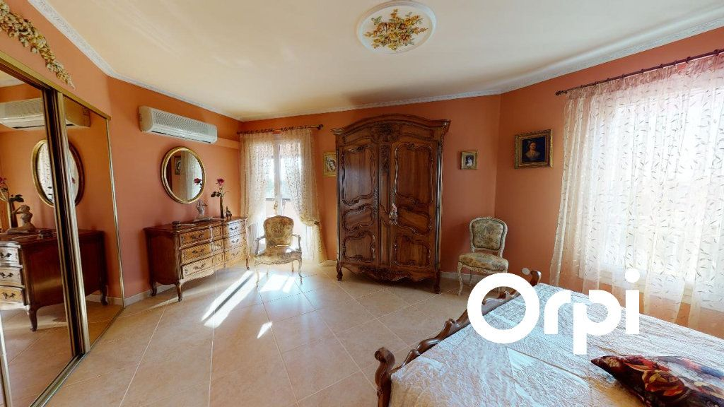 Appartement à vendre 5 170m2 à Carqueiranne vignette-2
