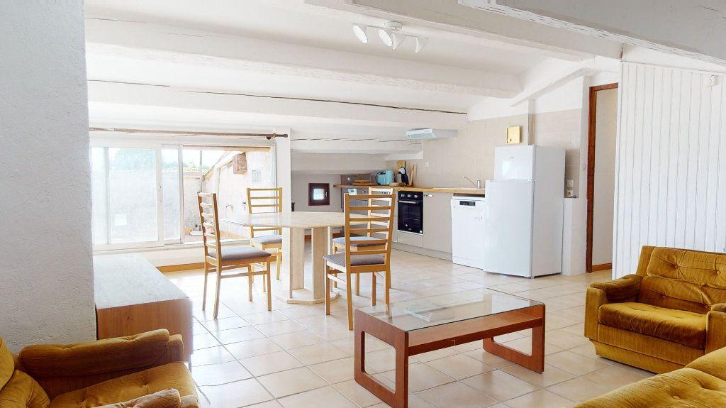 Appartement à louer 2 48.5m2 à Carqueiranne vignette-1