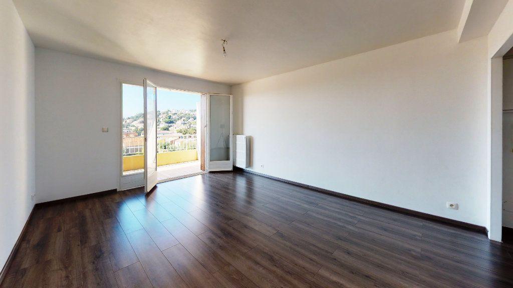 Appartement à vendre 3 70m2 à Carqueiranne vignette-3