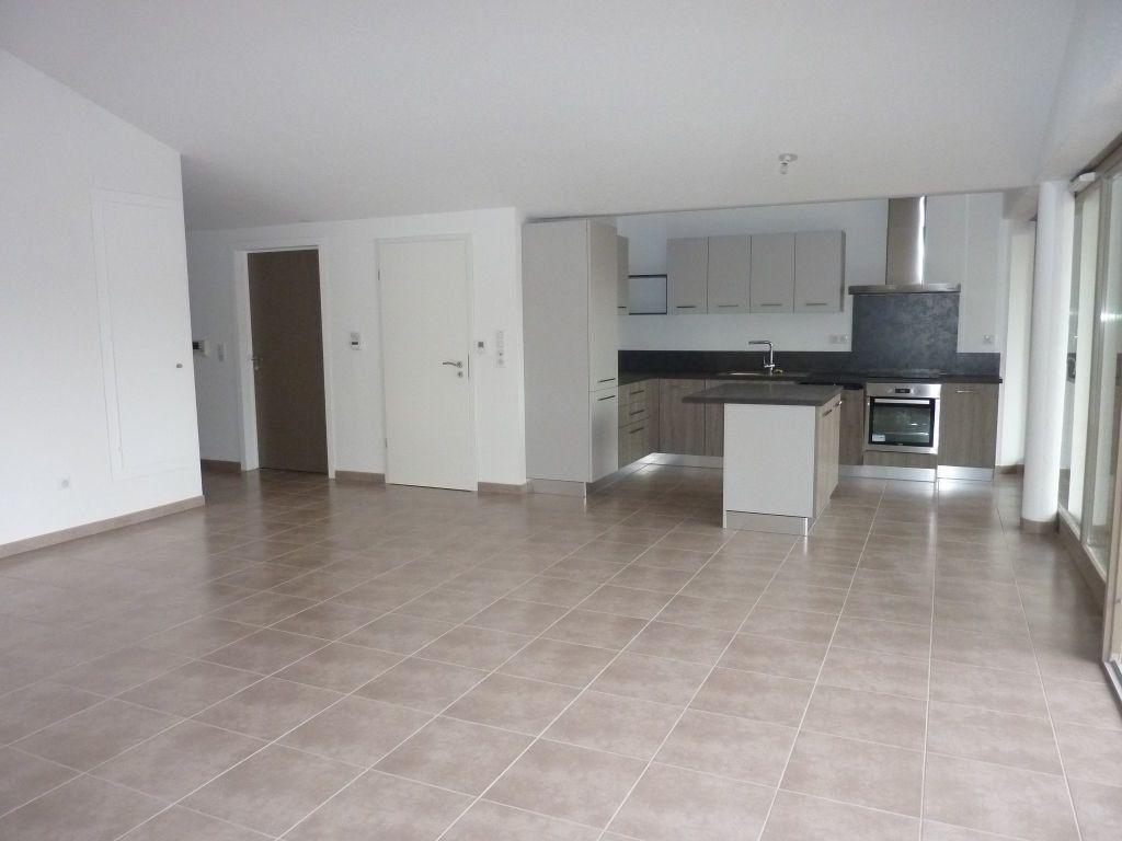 Appartement à vendre 4 109.55m2 à Thann vignette-2
