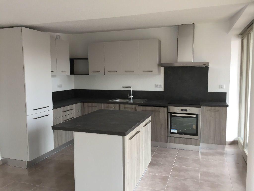 Appartement à vendre 4 109.55m2 à Thann vignette-3