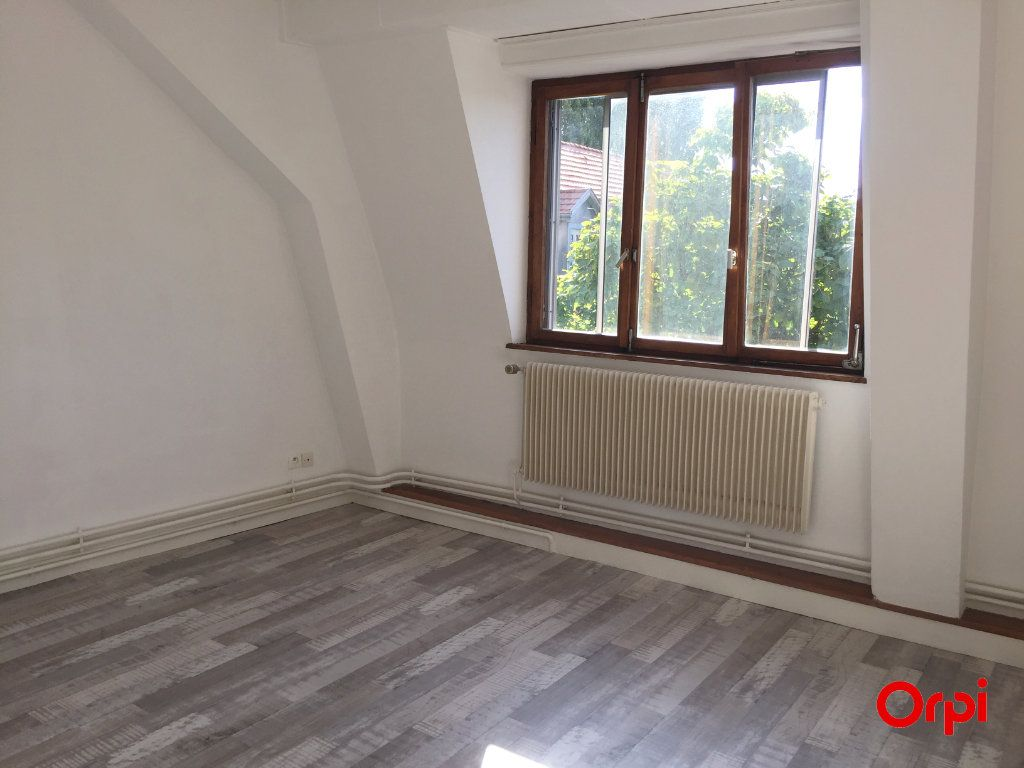 Appartement à louer 4 80m2 à Thann vignette-2