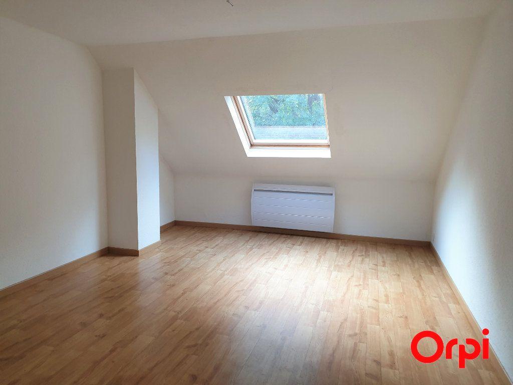 Appartement à louer 3 56.93m2 à Thann vignette-3