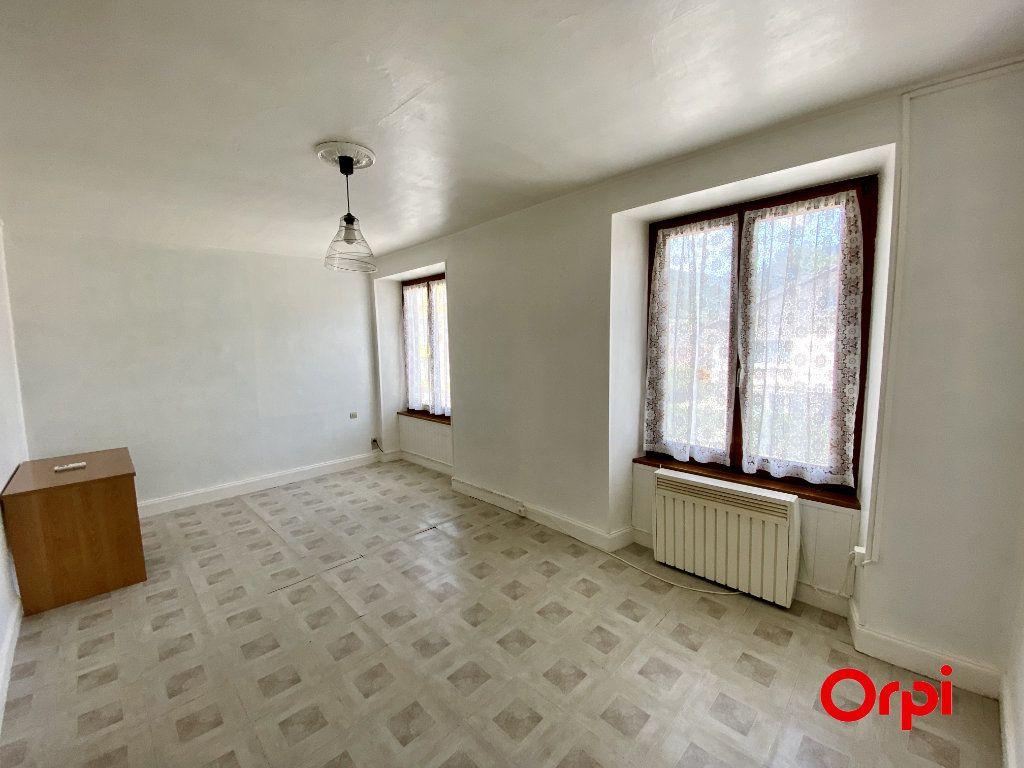 Appartement à vendre 3 68.29m2 à Willer-sur-Thur vignette-1