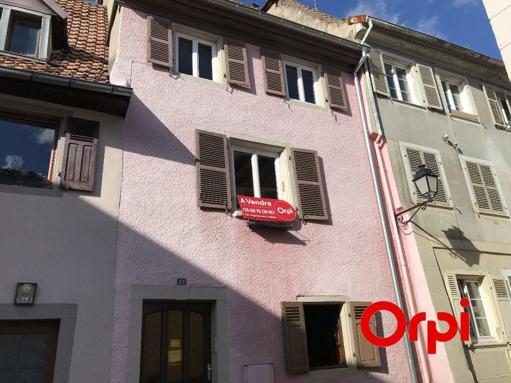 Maison à vendre 5 105m2 à Thann vignette-1