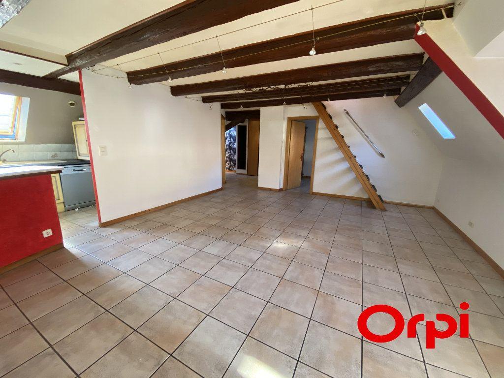 Appartement à louer 5 80m2 à Thann vignette-1