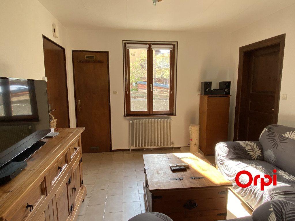 Appartement à vendre 3 60m2 à Thann vignette-3