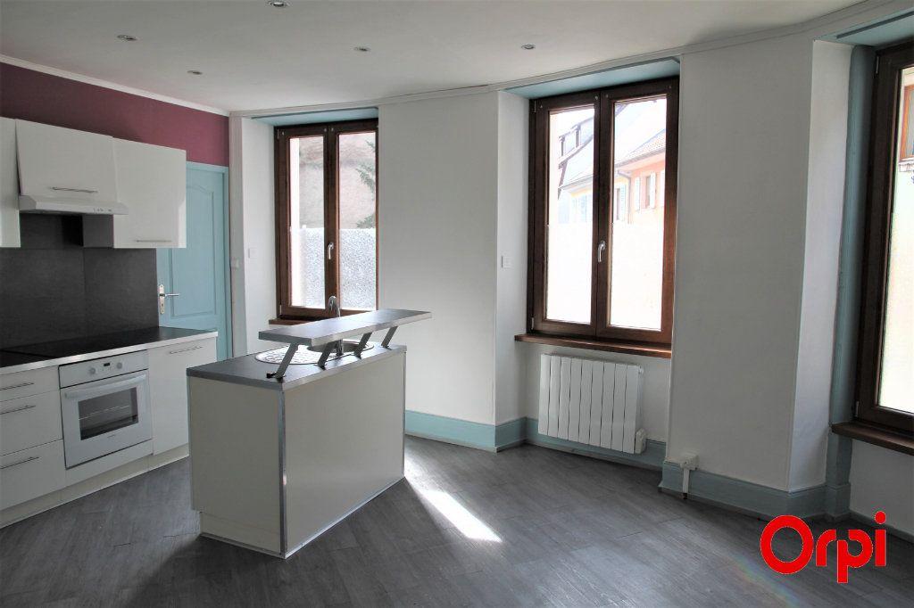Appartement à vendre 2 35m2 à Thann vignette-1
