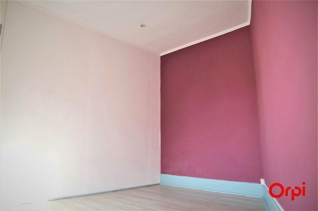 Appartement à vendre 2 35m2 à Thann vignette-3