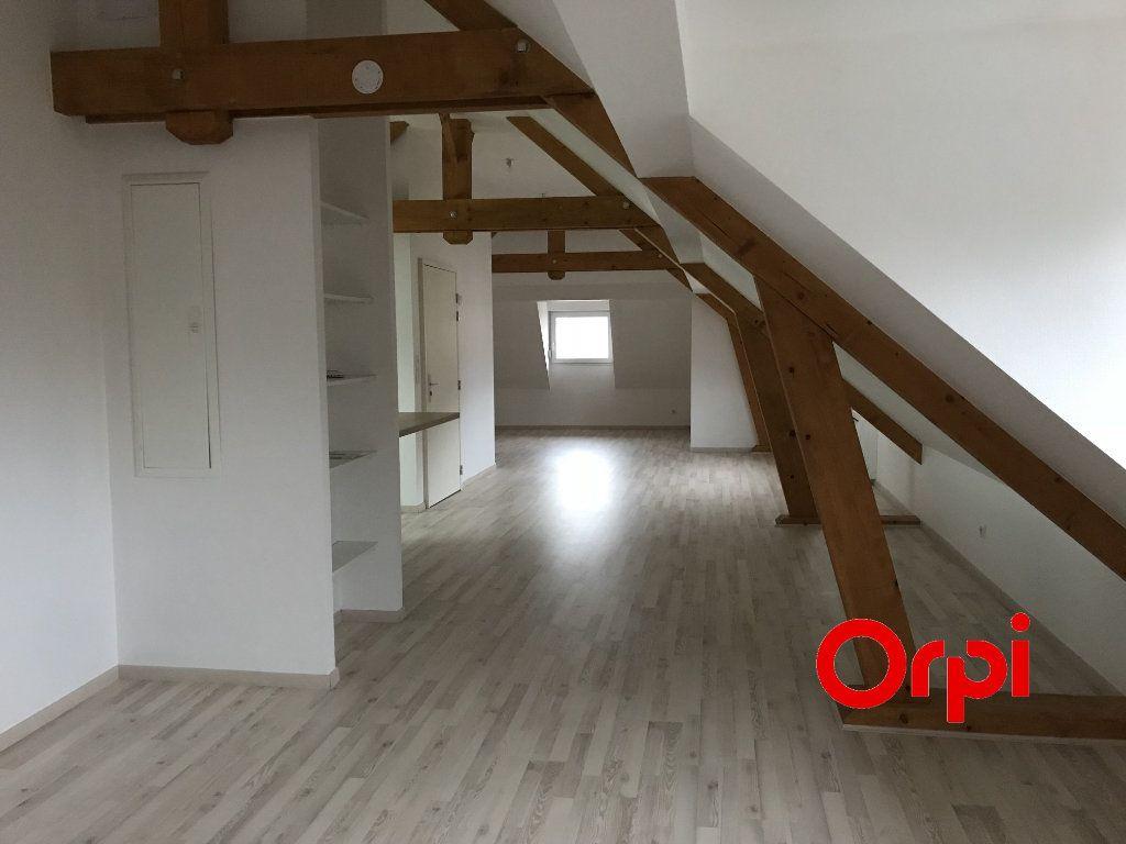 Appartement à vendre 3 73m2 à Saint-Amarin vignette-4