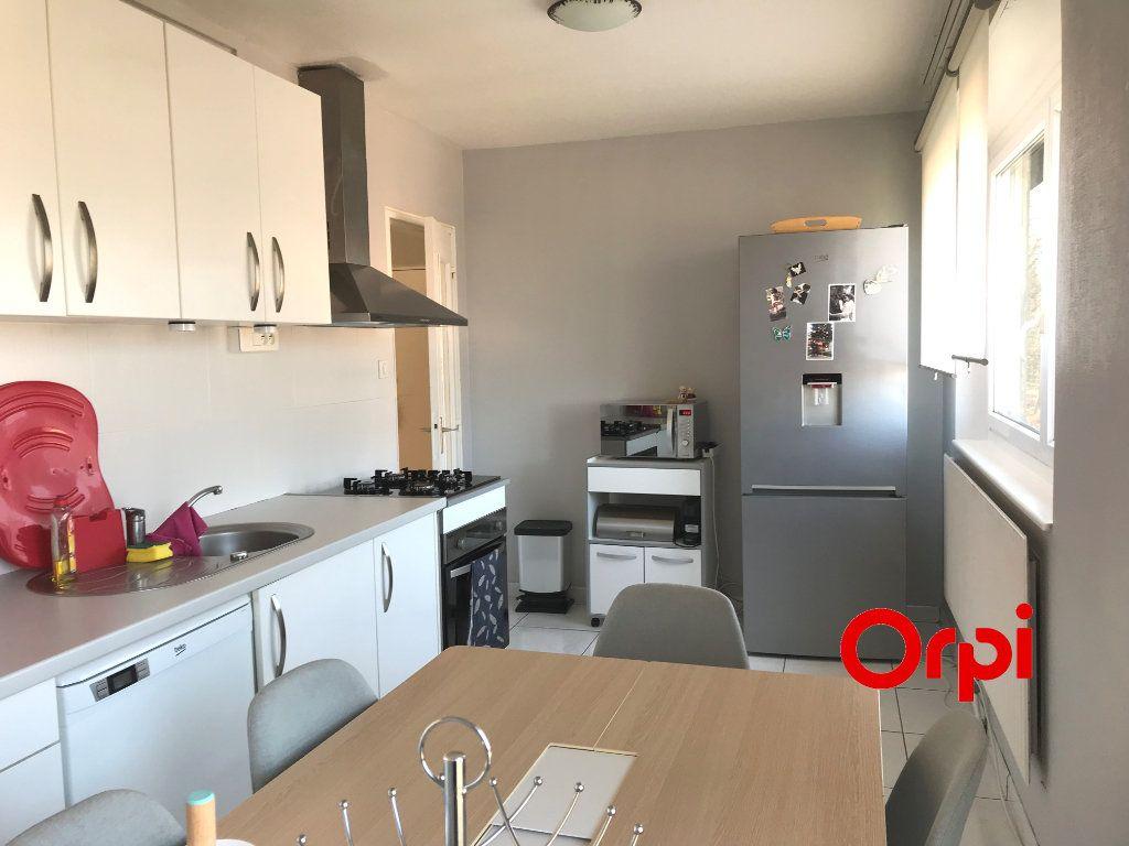 Appartement à vendre 3 74.5m2 à Vieux-Thann vignette-1