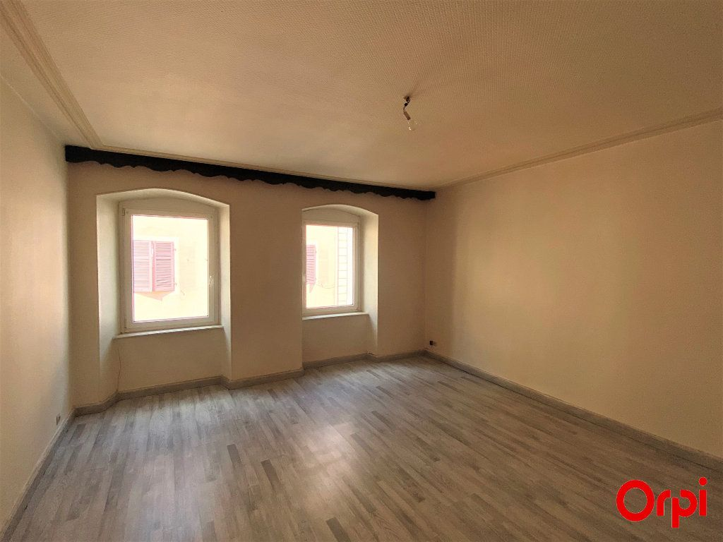 Appartement à vendre 4 100m2 à Thann vignette-2