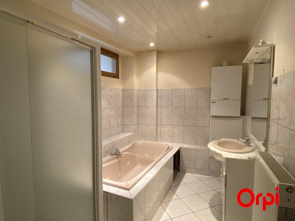 Appartement à vendre 4 100m2 à Thann vignette-3