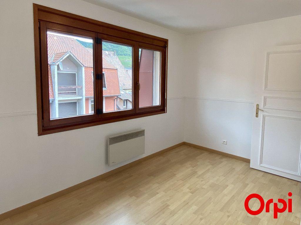 Appartement à louer 4 75.4m2 à Thann vignette-3