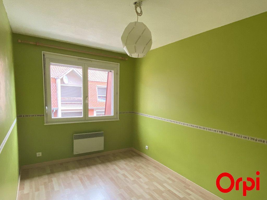 Appartement à louer 4 75.4m2 à Thann vignette-4