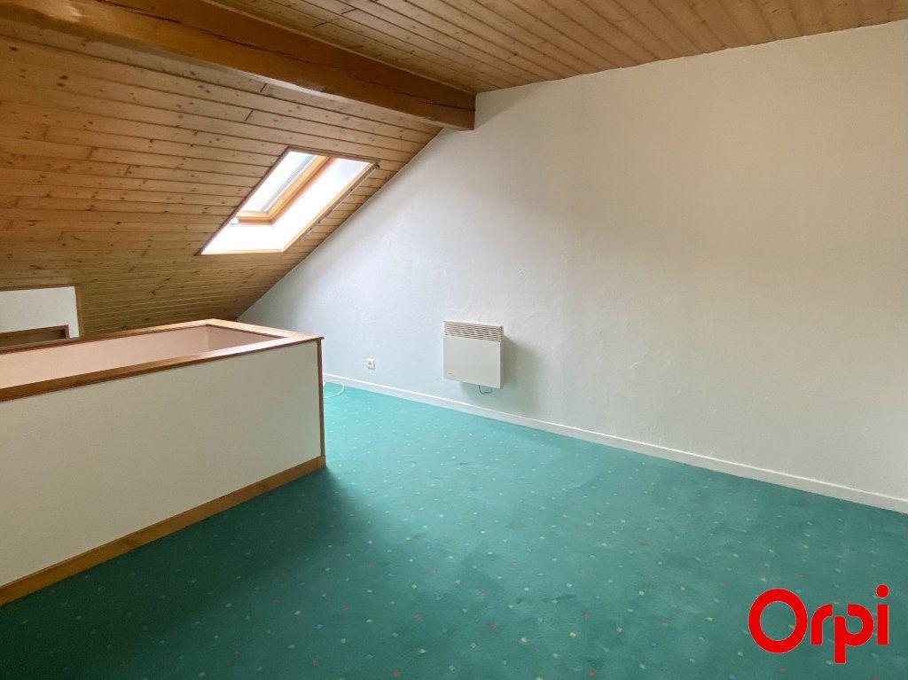 Appartement à louer 4 75.4m2 à Thann vignette-5