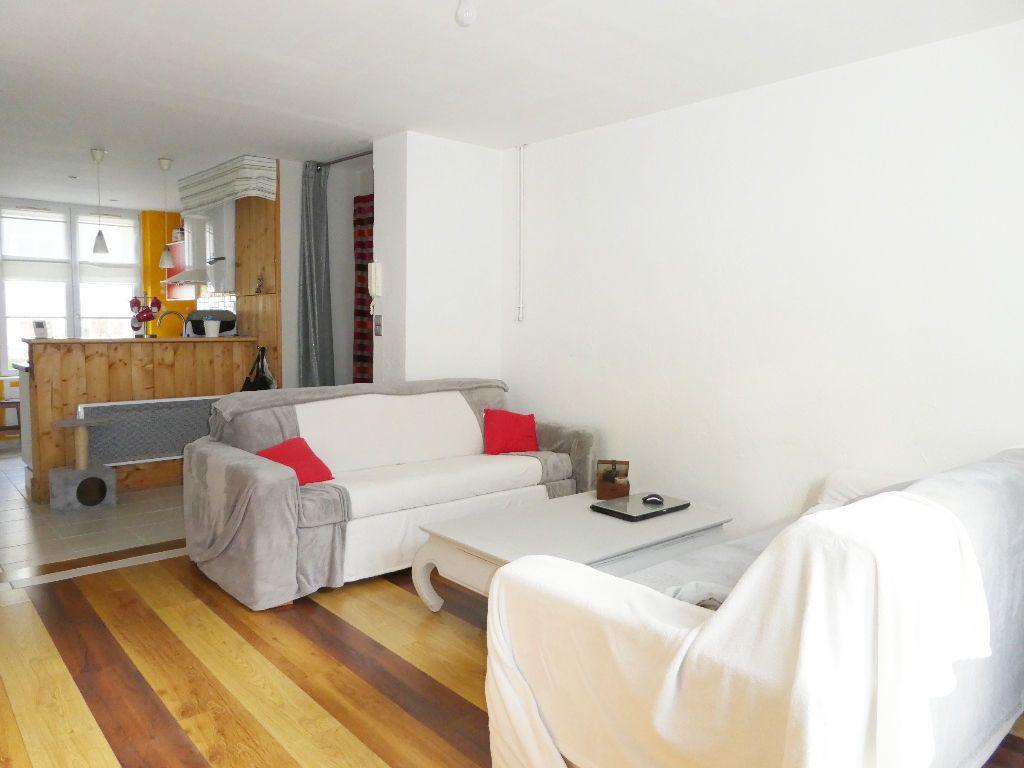 Appartement à vendre 3 65.4m2 à Brest vignette-1