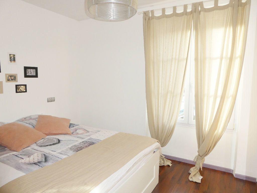 Appartement à vendre 3 65.4m2 à Brest vignette-2