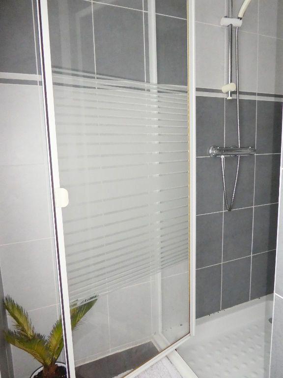 Appartement à vendre 3 65.4m2 à Brest vignette-12