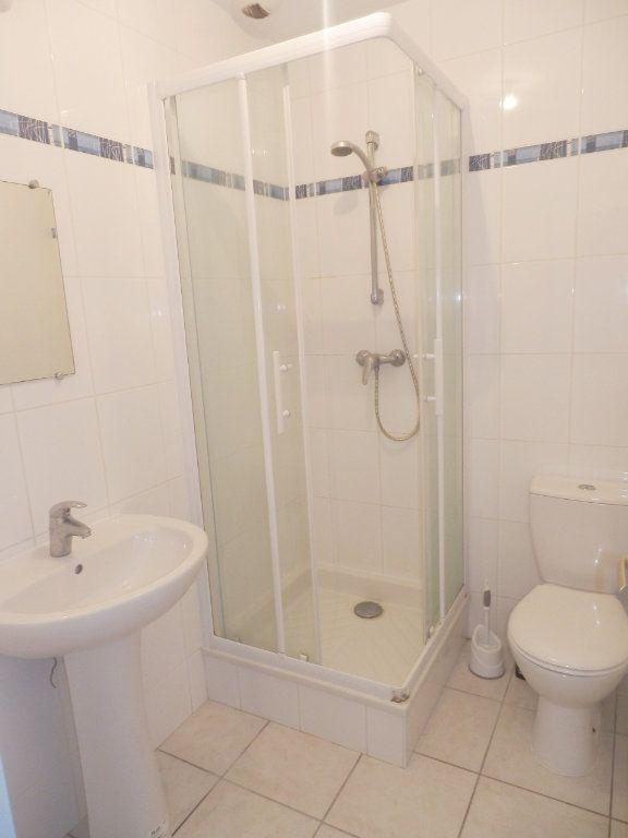 Appartement à louer 2 32m2 à Brest vignette-2