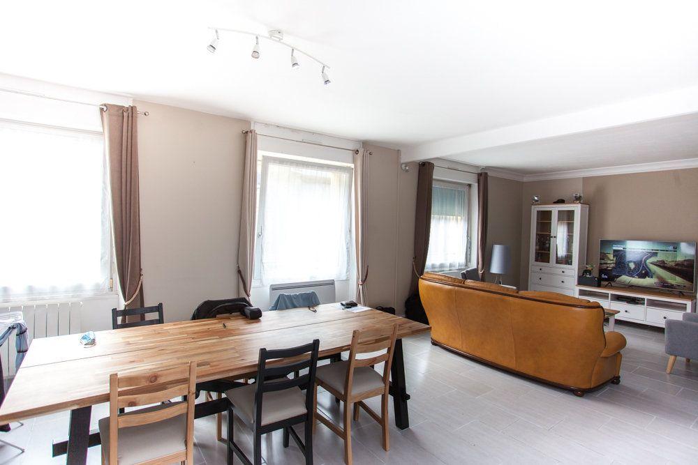 Appartement à vendre 5 97m2 à Ploudalmézeau vignette-1