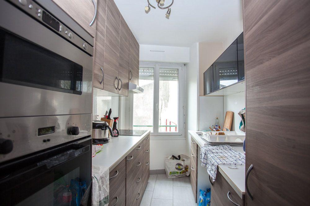 Appartement à vendre 5 97m2 à Ploudalmézeau vignette-2