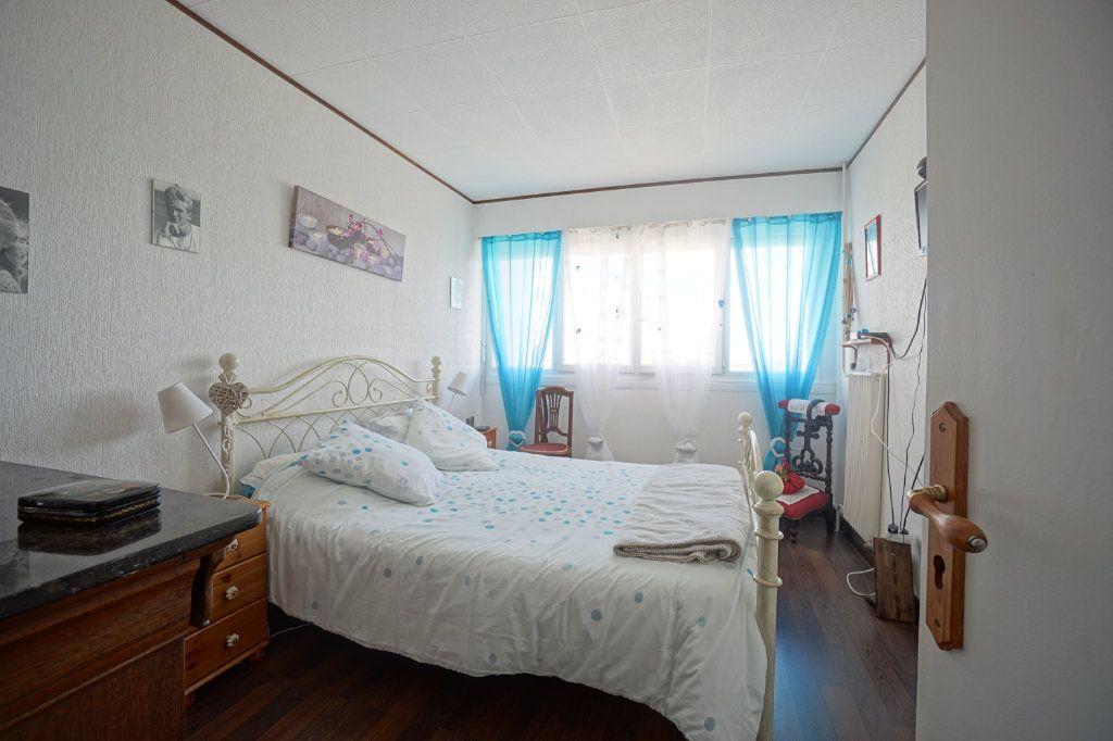 Appartement à vendre 5 100m2 à Bihorel vignette-6