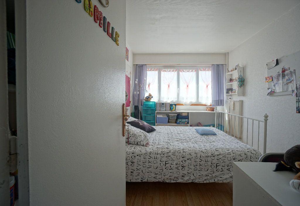 Appartement à vendre 5 100m2 à Bihorel vignette-7