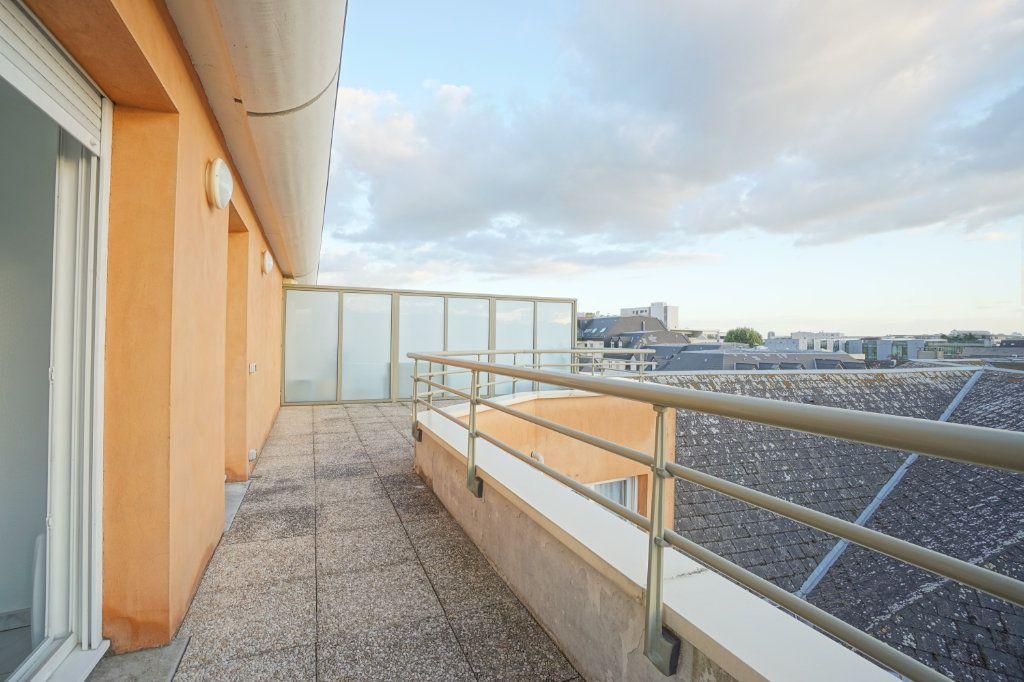Appartement à vendre 3 72.5m2 à Rouen vignette-2
