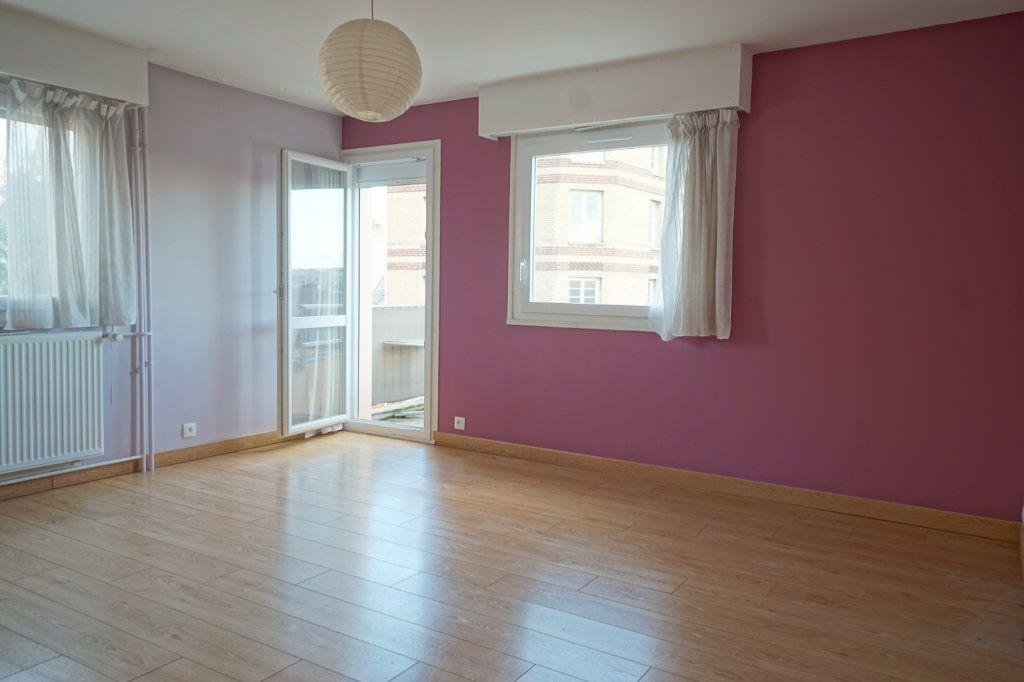 Appartement à vendre 2 45.9m2 à Rouen vignette-1