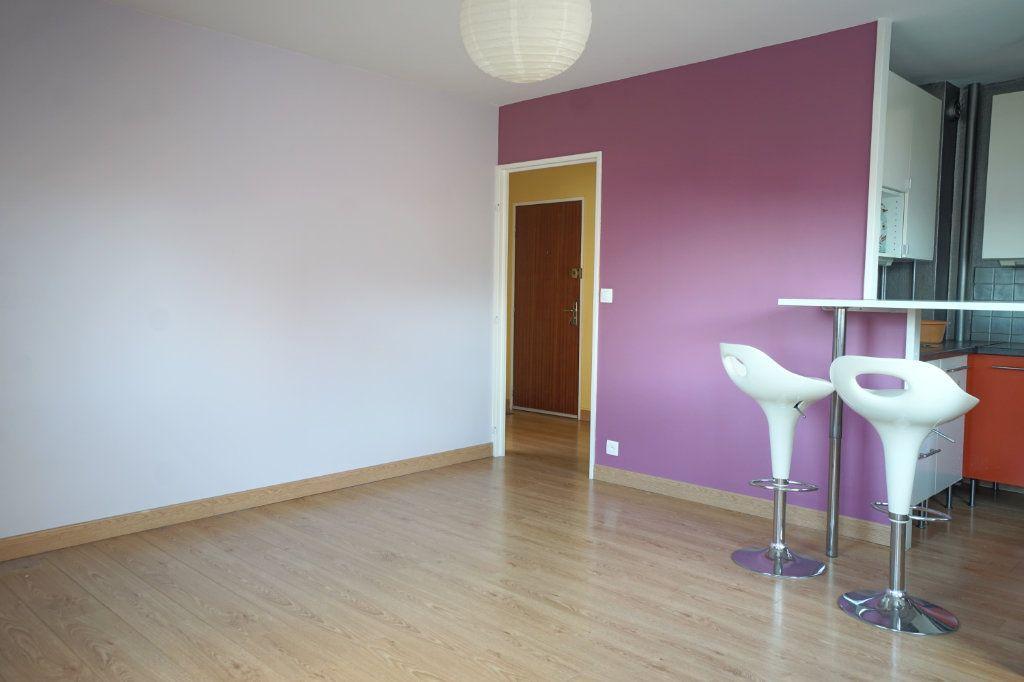 Appartement à vendre 2 45.9m2 à Rouen vignette-2