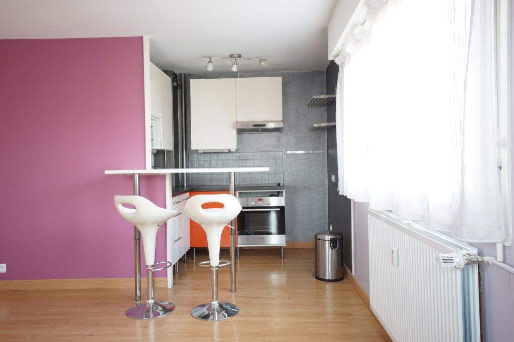 Appartement à vendre 2 45.9m2 à Rouen vignette-4