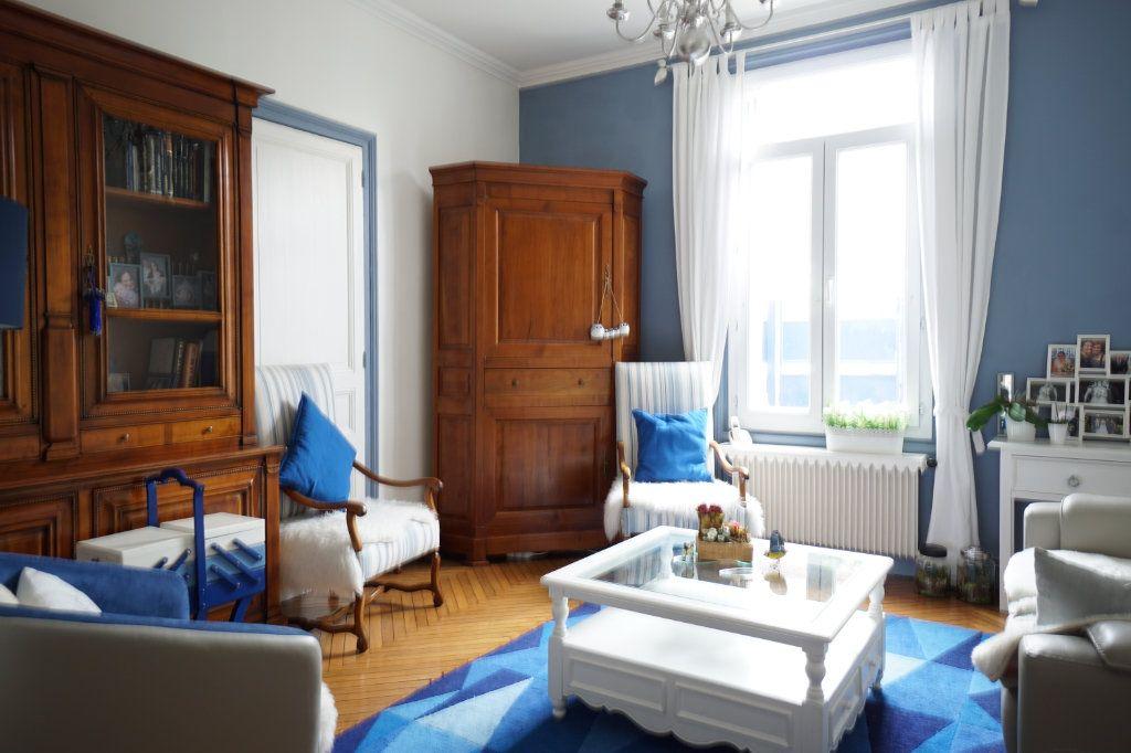 Maison à vendre 6 143m2 à Rouen vignette-1