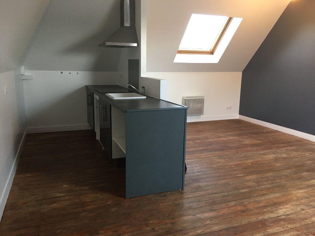 Appartement à louer 3 64.54m2 à Le Petit-Quevilly vignette-2