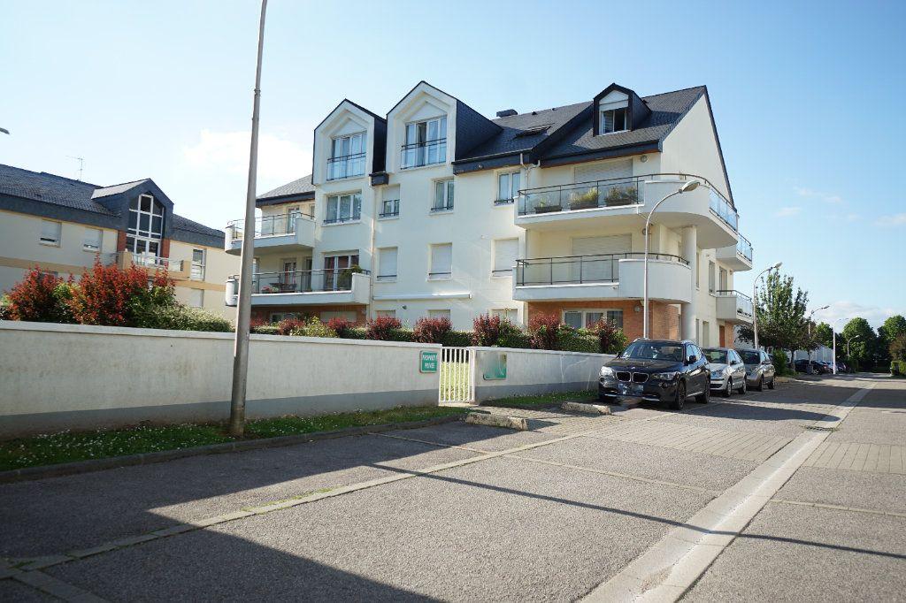 Appartement à vendre 4 92.95m2 à Mont-Saint-Aignan vignette-1