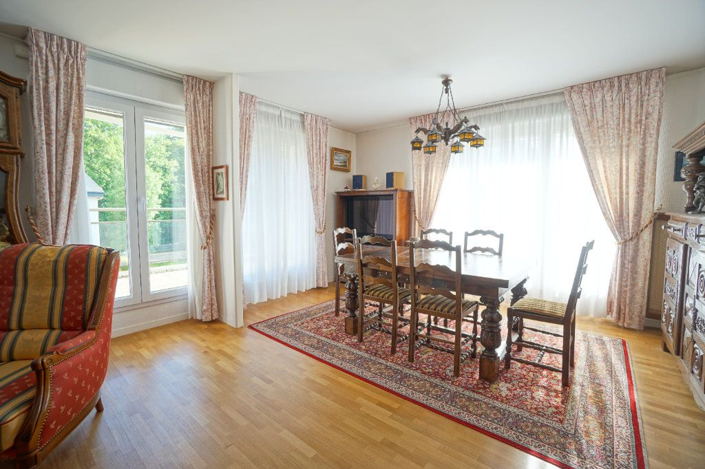 Appartement à vendre 4 92.95m2 à Mont-Saint-Aignan vignette-3