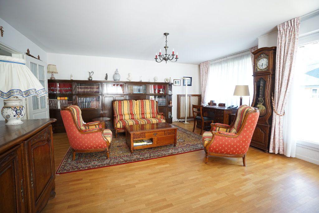 Appartement à vendre 4 92.95m2 à Mont-Saint-Aignan vignette-4