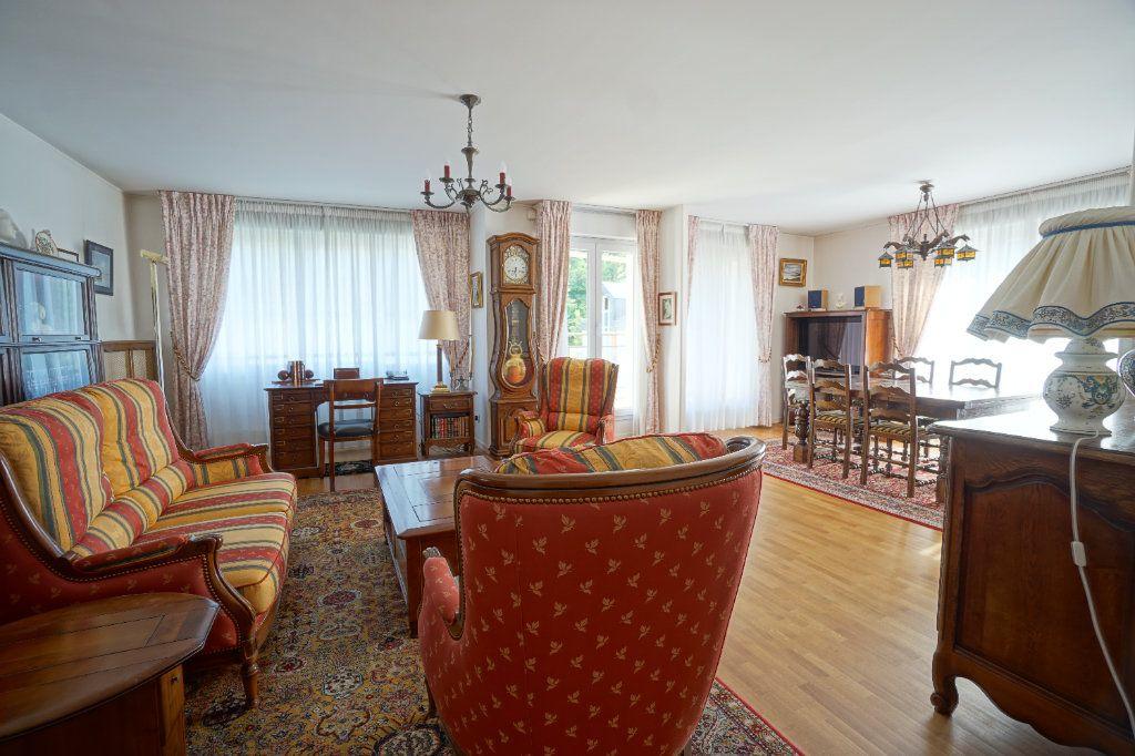 Appartement à vendre 4 92.95m2 à Mont-Saint-Aignan vignette-5