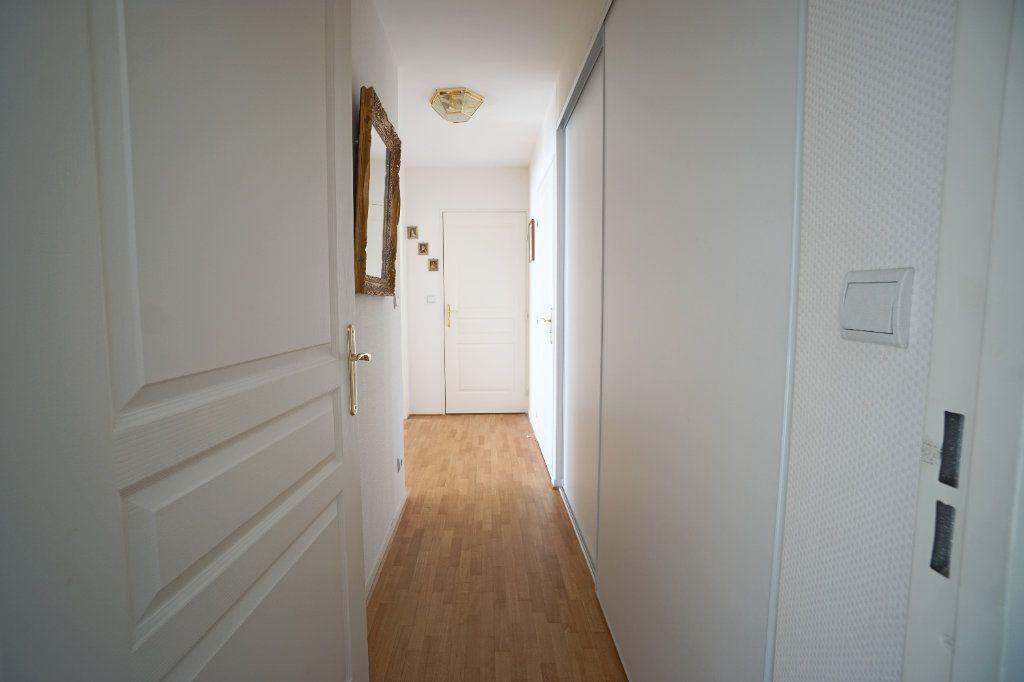 Appartement à vendre 4 92.95m2 à Mont-Saint-Aignan vignette-8