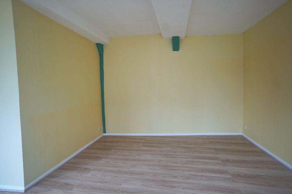 Appartement à louer 2 35m2 à Rouen vignette-2