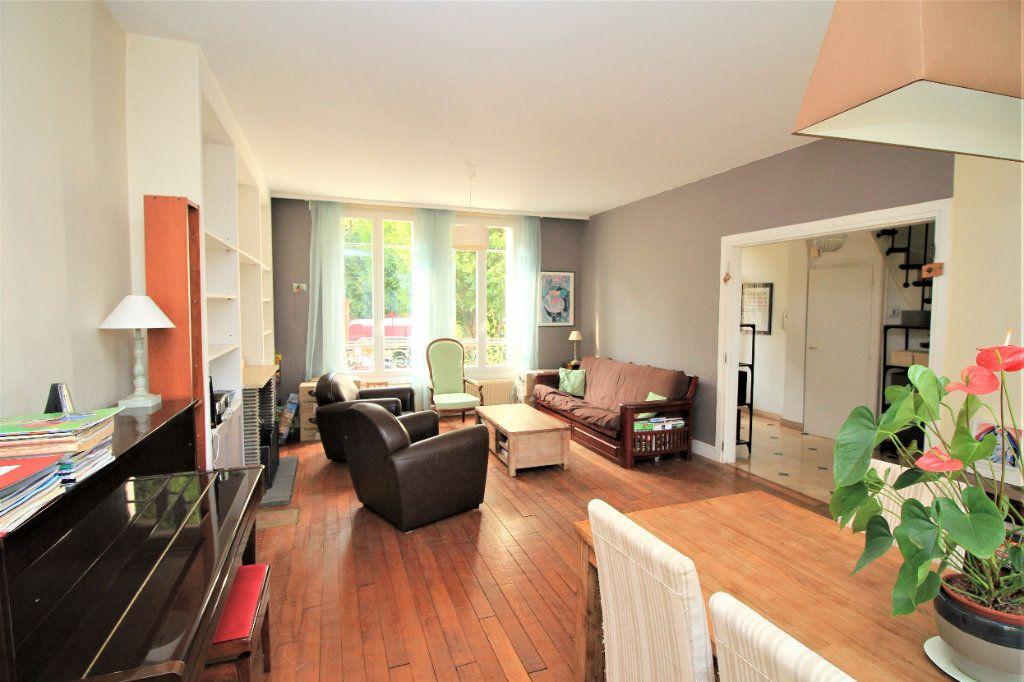 Maison à vendre 7 155m2 à Cormeilles-en-Parisis vignette-3
