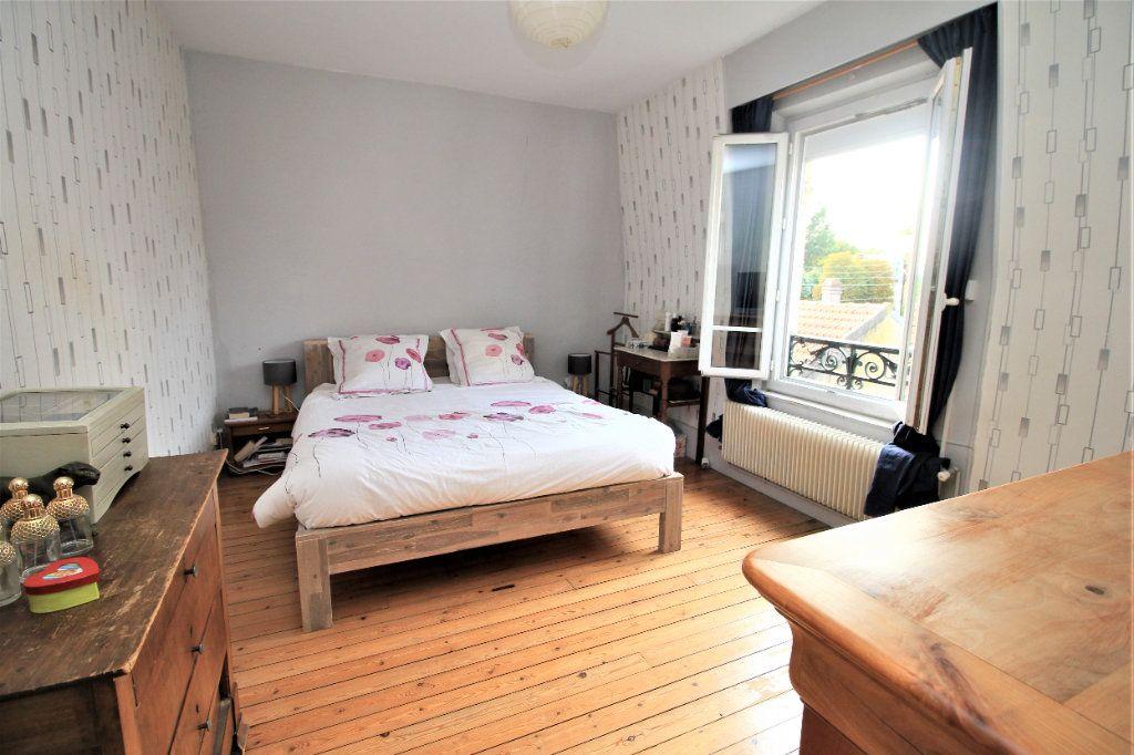 Maison à vendre 7 155m2 à Cormeilles-en-Parisis vignette-5