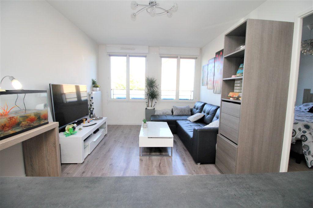 Appartement à vendre 2 40.43m2 à Cormeilles-en-Parisis vignette-3