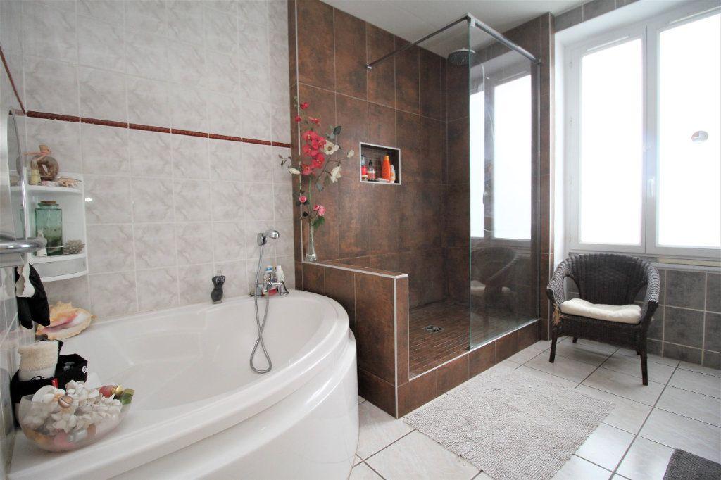 Maison à vendre 5 127.61m2 à Cormeilles-en-Parisis vignette-6